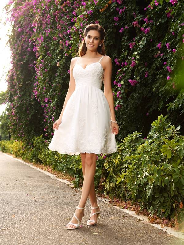 A-Line Knee-Length Spaghetti Straps Lace Elegant Dresses For Brides