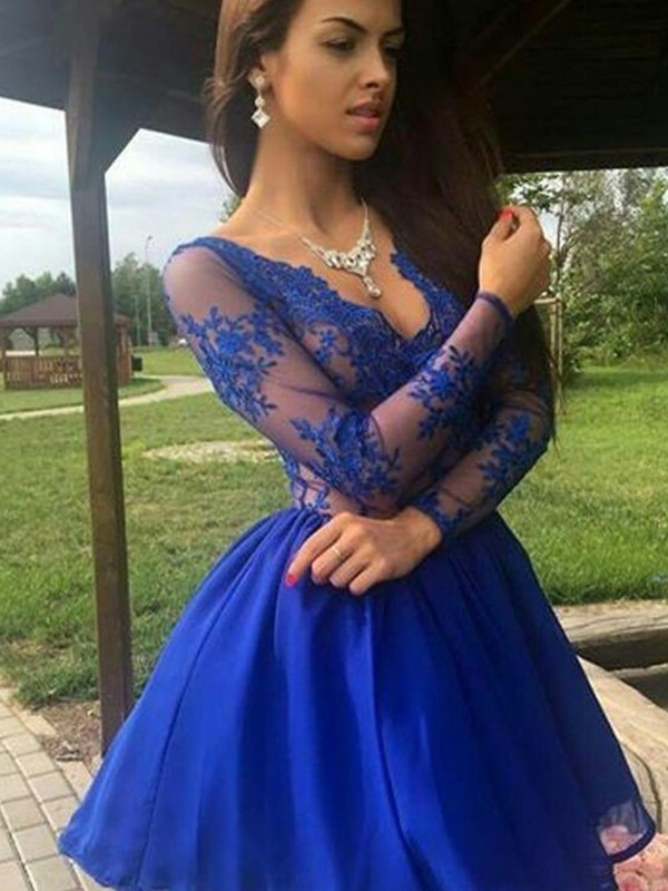 A-Line/Princess Organza V-neck Applique Long Sleeves Short/Mini Gown