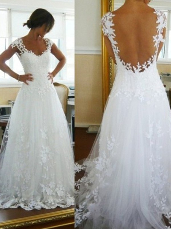 A-Line/Princess V-neck Sweep/Brush Train Lace Tulle Wedding Dress
