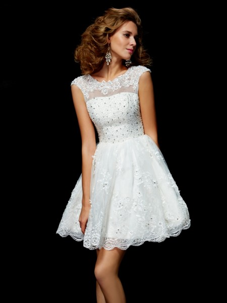 A-Line/Princess V-neck Short Sleeves Applique Short Organza Homecoming Dress