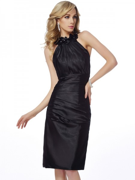 Sheath/Column Bateau Applique Short Elastic Woven Satin Homecoming Dress