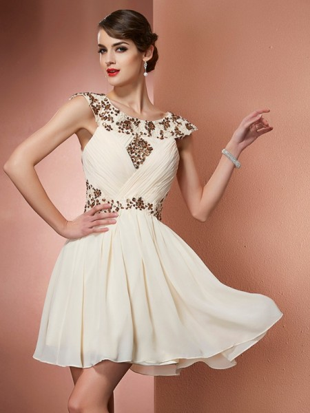 A-Line/Princess Scoop Beading Applique Short Chiffon Bridesmaid Dress