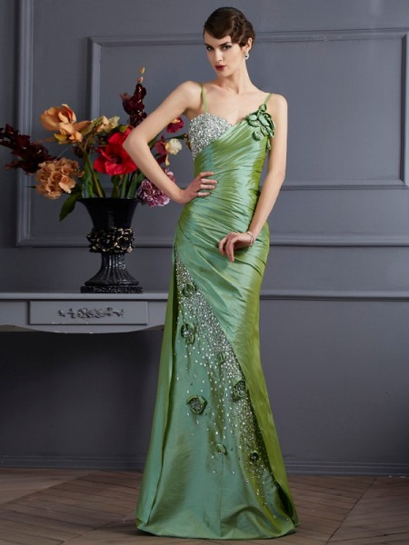 Trumpet/Mermaid Spaghetti Straps Beading Long Taffeta Dress