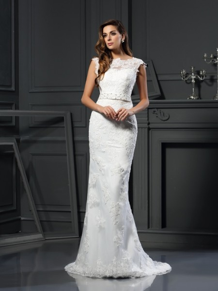 A-Line/Princess Bateau Lace Long Satin Wedding Dress