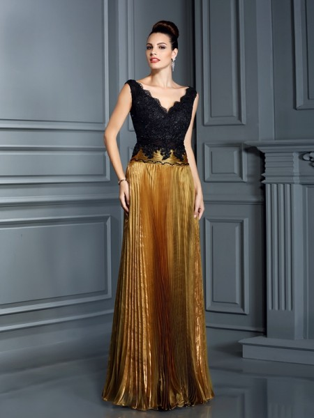 Sheath/Column V-neck Pearls Long Organza Dress