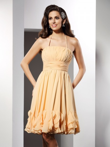 A-Line/Princess Halter Ruffles Short Chiffon Cocktail Dress