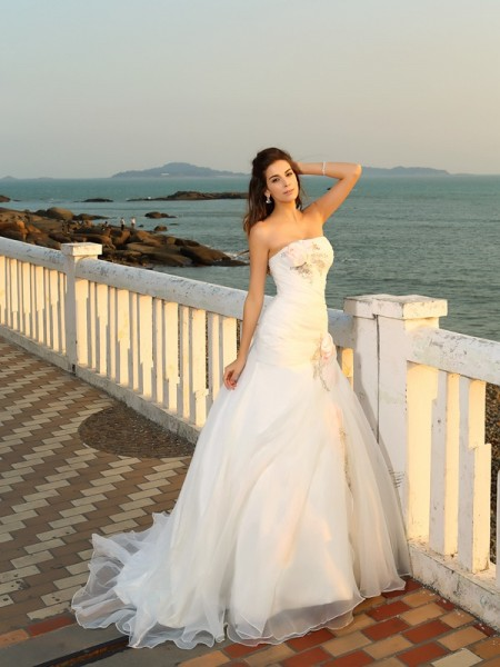 Ball Gown Strapless Long Satin Beach Wedding Dress