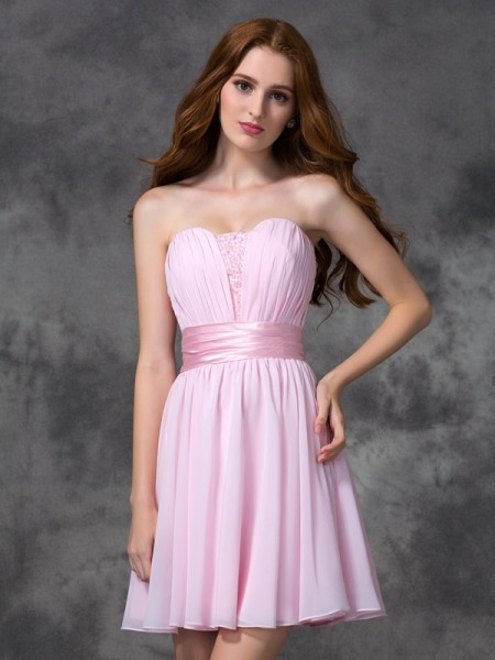 A-line/Princess Sweetheart Ruched Short Chiffon Dress