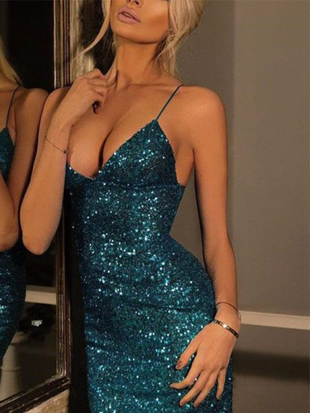 Sheath/Column Spaghetti Straps V-neck Sequin Short/Mini Gown