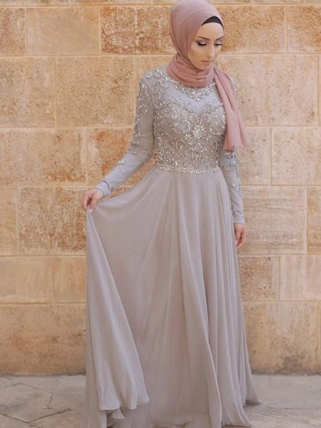 A-Line/Princess Long Sleeves Sweep/Brush Train Scoop Crystal Tulle Muslim Dresses