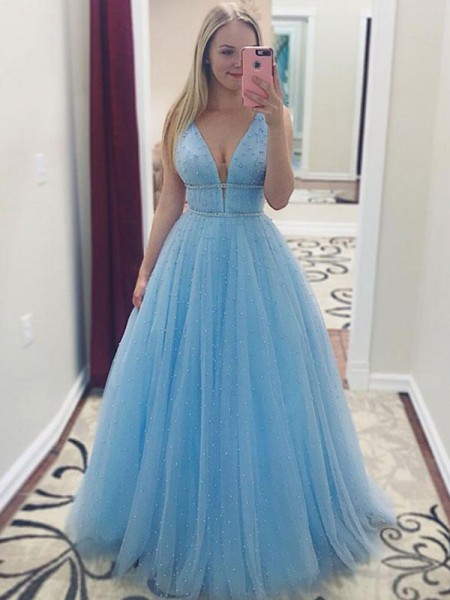 A-Line/Princess V-neck Sleeveless Floor-Length Pearls Tulle Dresses