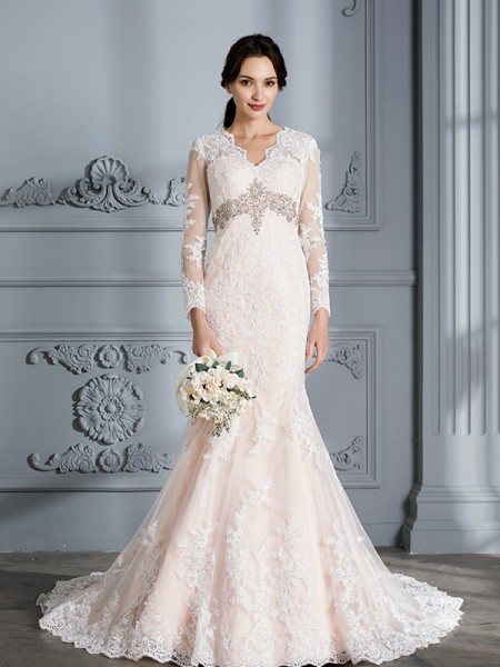 Trumpet/Mermaid Organza V-Neck Sweep/Brush Train Beading Wedding Dress