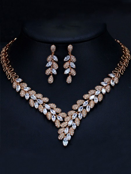 Ladies's Luxurious Artificial Gem Jewelry Set