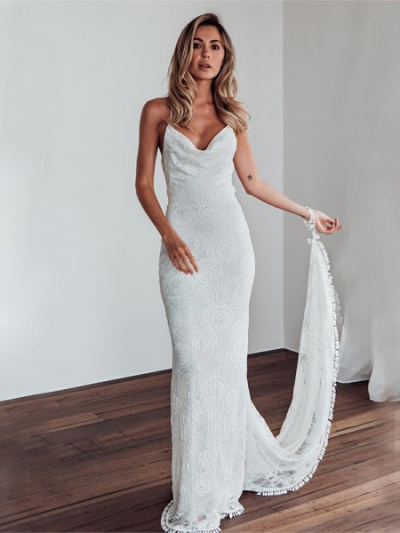 Sheath/Column Lace Spaghetti Straps Sleeveless Sweep/Brush Train Wedding Gowns