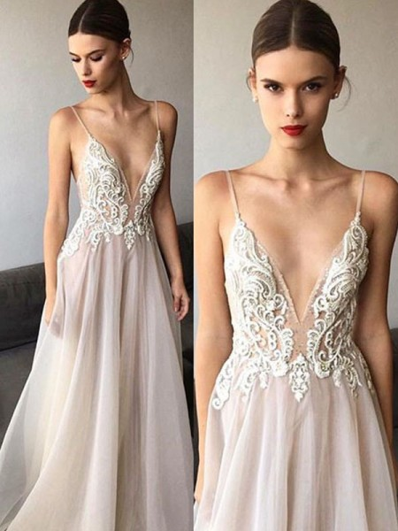 A-Line/Princess V-neck Sleeveless Sweep/Brush Train Spaghetti Straps Lace Tulle Wedding Dresses
