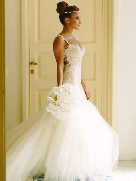 Trumpet/Mermaid Sweetheart Sleeveless Spaghetti Straps Court Train Applique Lace Tulle Wedding Dresses