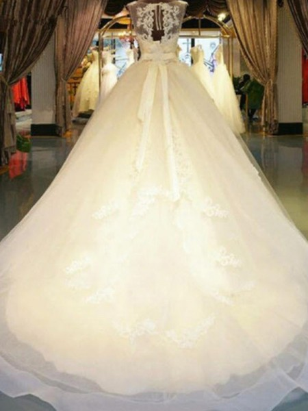 Ball Gown Sleeveless Sweep/Brush Train Sash/Ribbon/Belt Beading Off-the-Shoulder Applique Lace Wedding Dresses