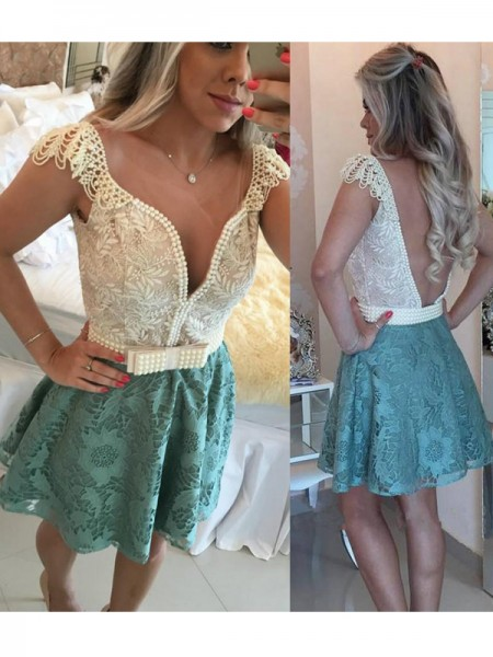 A-Line/Princess V-neck Lace Short/Mini Dress
