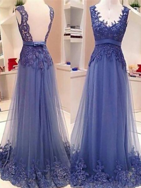 A-Line/Princess Sleeveless V-neck Tulle Applique Floor-Length Prom Gowns