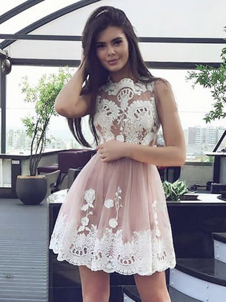 A-Line/Princess Scoop Short/Mini Chiffon Dress with Lace