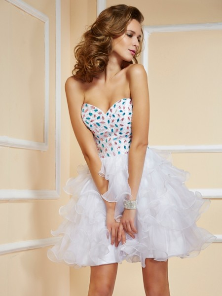 A-Line/Princess Sweetheart Short Organza Homecoming Dress