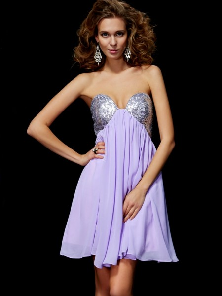 Sheath/Column Sweetheart Lace Short Chiffon Homecoming Dress