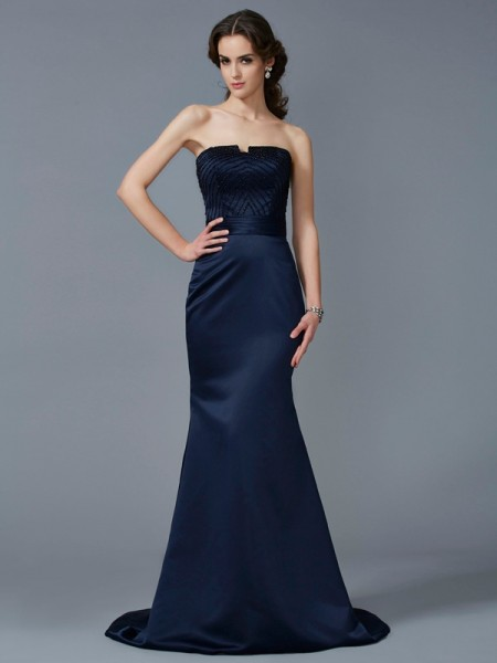 Trumpet/Mermaid Strapless Beading Long Satin Dress