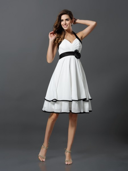 A-Line/Princess Halter Short Chiffon Cocktail Dress