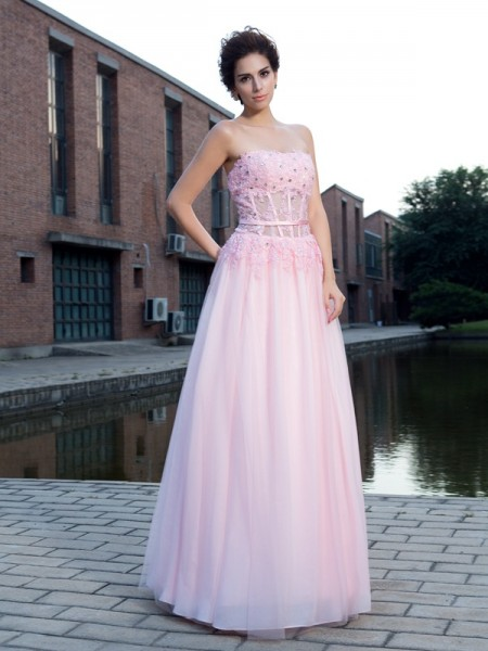 A-Line/Princess Straps Applique Long Net Dress
