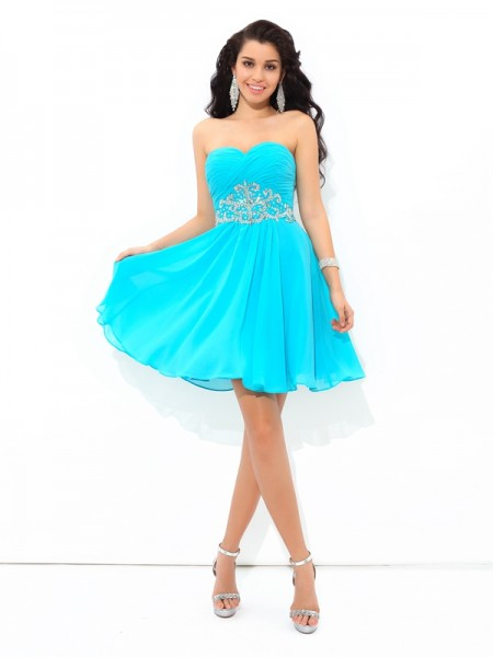 A-Line/Princess Sweetheart Pleats Short Chiffon Cocktail Dress