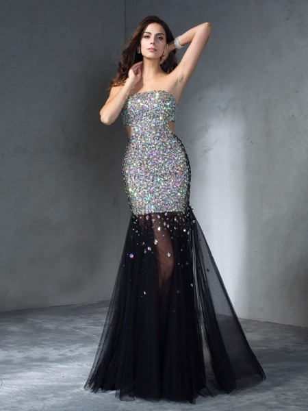 Sheath/Column Strapless Sequin Satin Dress