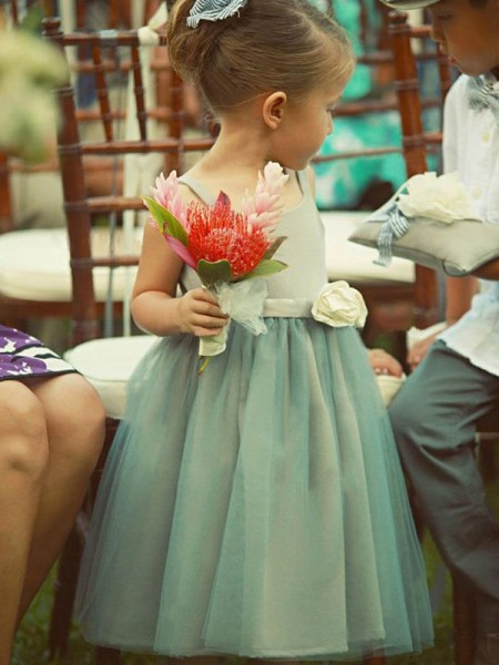 A-Line/Princess Sleeveless Tea-Length Hand-Made Flower Tulle Flower Girl Dresses