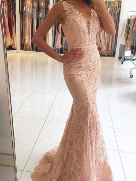 Trumpet/Mermaid V-neck Sleeveless Sweep/Brush Train Lace Applique Dress