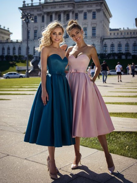 A-Line/Princess Satin Bowknot Sleeveless Tea-Length Short Dress