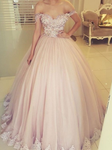 Ball Gown Off-the-Shoulder Long Sleeveless Tulle Applique Dresses