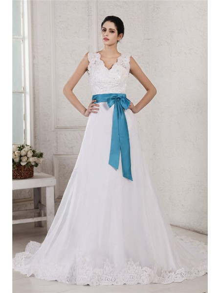 A-Line/Princess V-neck Applique Sash Long Organza Satin Wedding Dress