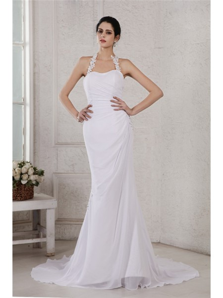 Trumpet/Mermaid Halter Applique Chiffon Wedding Dress
