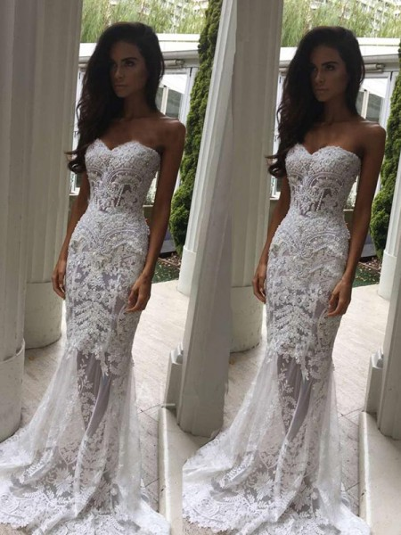 Trumpet/Mermaid Sweetheart Court Train Applique Sleeveless Lace Wedding Dresses