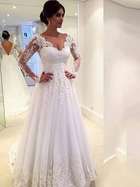 Gorgeous Ball Gown V-neck Long Sleeves Lace Sweep/Brush Train Tulle Bridal Gown